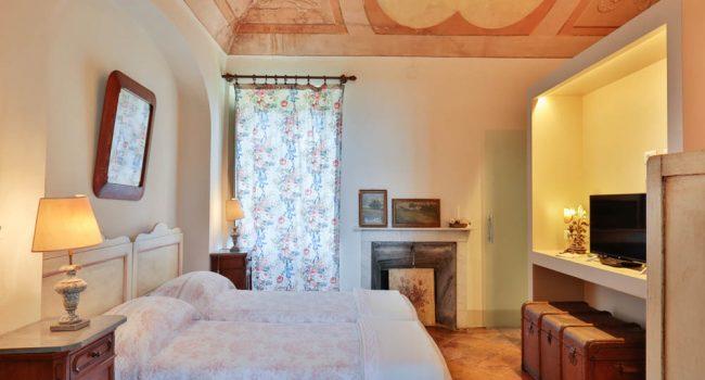 camera arti i castagnoni resort rosignano